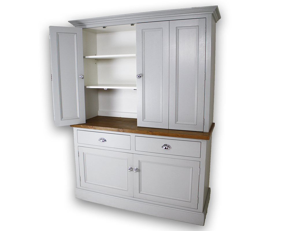 Ex-display Bi-fold Butlers Pantry