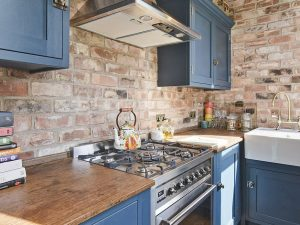 Small Bespoke Kitchen Makeover – Our Hints & Tips