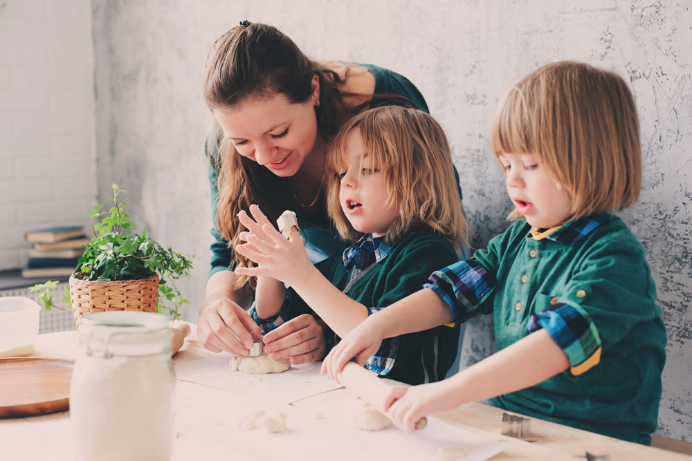 Baking with kids - Mudd & Co Kitchens