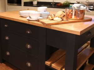 Kitchen islands by Mudd & Co