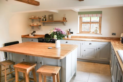 Freestanding Kitchen Isl;ands swinnerton3