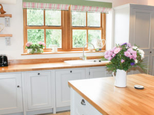 Farmhouse kitchen styles