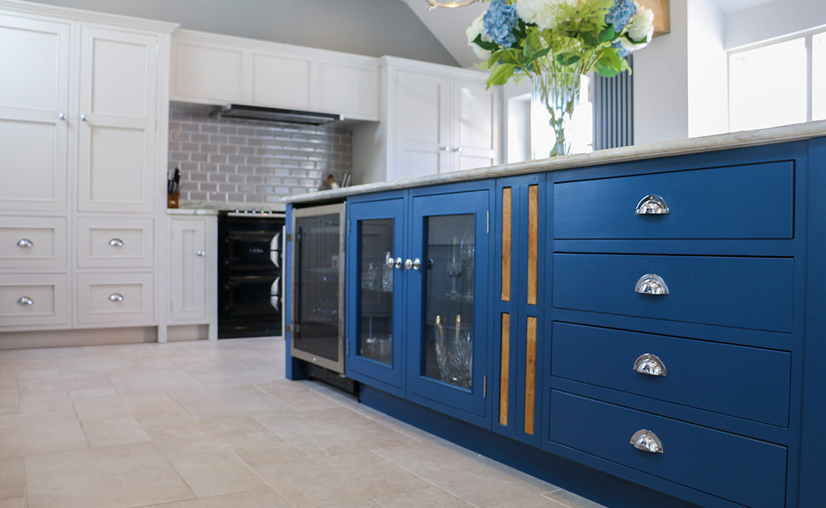 Mudd & Co designed and handcrafted this beautiful bespoke kitchen for our client, based in Derbyshire. For more information on this kitchen and to see more of our handmade kitchens and furniture, please visit our website muddandco.co.uk