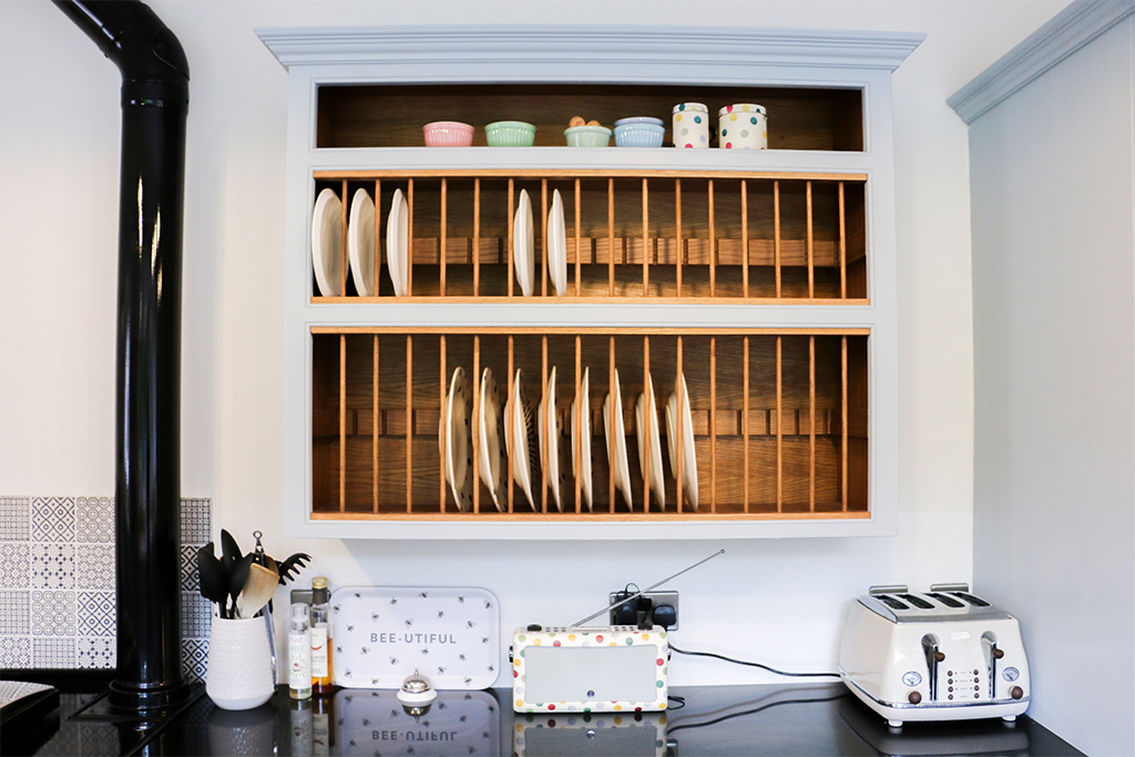 Plate storage unit implamented into the Endon Kitchen designed by Mudd & Co