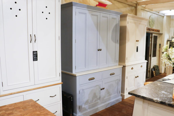 Butler's pantry with bi-fold doors in the Mudd & Co factory sale 2019/2020. Handcrafted kitchen and home furniture