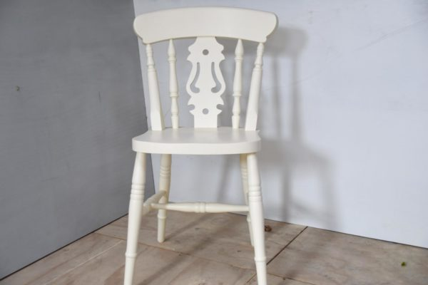 Fiddle Back Chair in the Mudd & Co factory sale 2020. Handcrafted kitchen and home furniture