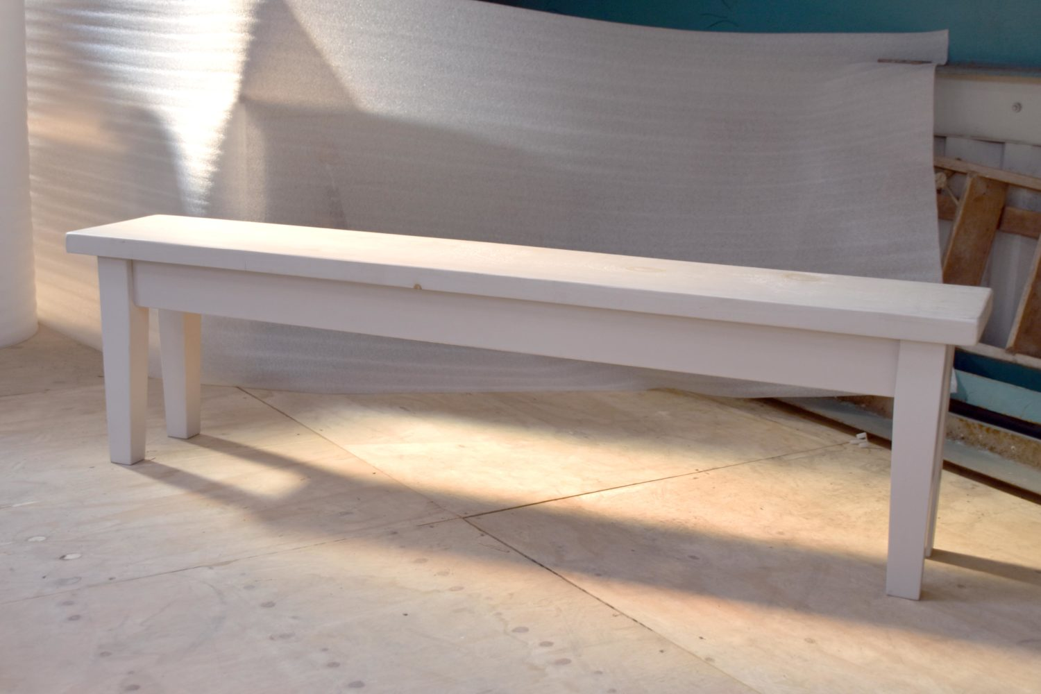 Tapered Leg Bench in the Mudd & Co factory sale 2020. Handcrafted kitchen and home furniture