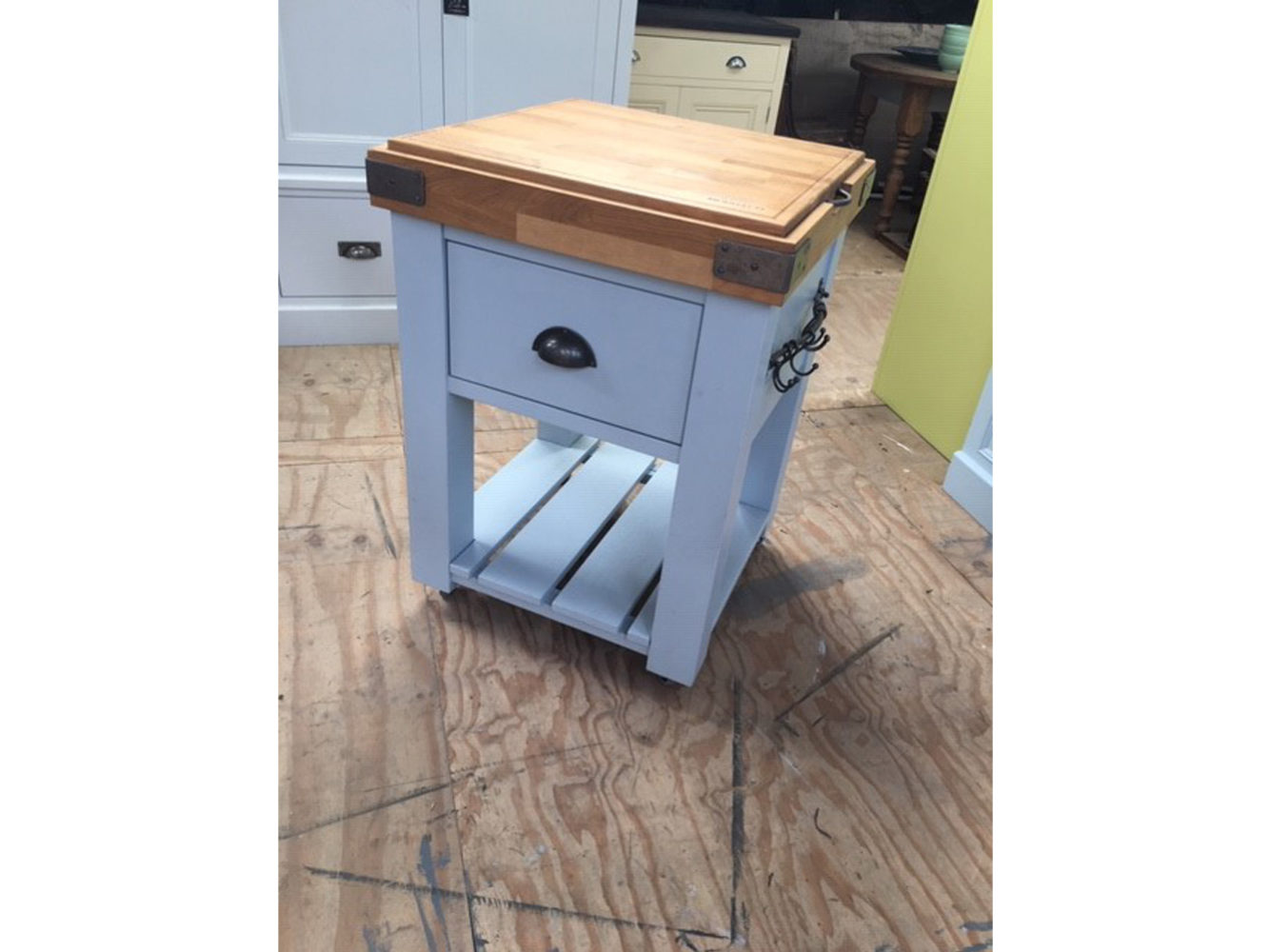 Oak Butcher's Block in the Mudd & Co factory sale 2020. Handcrafted kitchen and home furniture